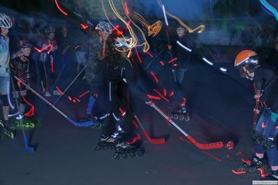 Skaten in het donker tijdens het pupillenfeest