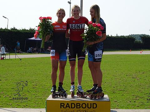 One-lap podium dames